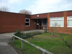 LowC, Robert Bloomfield Academy, Shefford